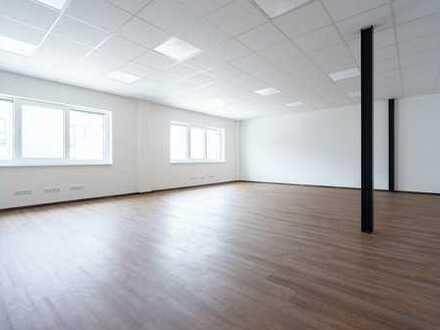 Interpark Kösching: Top moderne Bürofläche mit ca. 90 m² im Erstbezug zu vermieten!