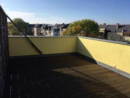 ++DG-Maisionettewohnung mit großer Dachterasse und schöner Weitsicht++