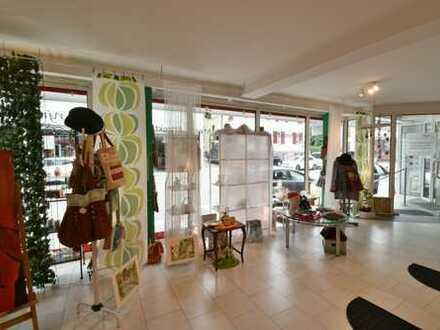 Sindelfingen - Stadtmitte: Schöner Einzelhandelsladen in direkter Nähe zum Marktplatz
