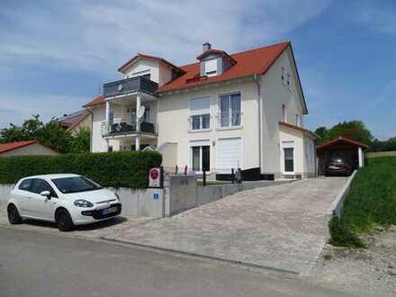 DHH in Arzbach-Röhrmoos: groß, modern und mit BIO-bäuerlichem Umfeld