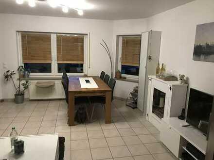 Drei-Zimmer-Wohnung mit zwei Balkonen in Östringen