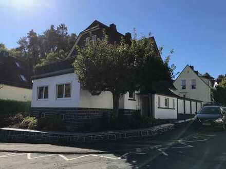 Schönes Haus mit sieben Zimmern in Lahn-Dill-Kreis, Dillenburg