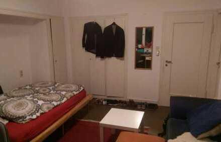 Teilmöbliertes 23qm Zimmer sucht netten Zwischenmieter