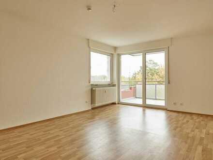 Frisch renovierte, helle 3-Zimmer-Wohnung mit Balkon, Heusenstamm