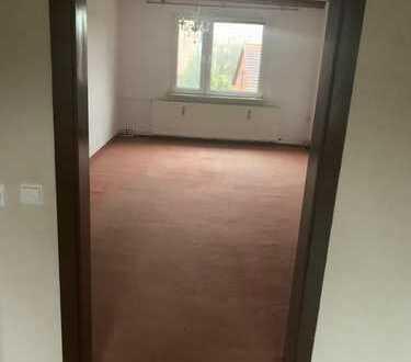 Geräumige, modernisierte 4-Zimmer-Wohnung zur Miete in Tangerhütte