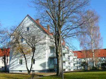 schönee neu renovierte 2-Zimmerwohnung mit Balkon