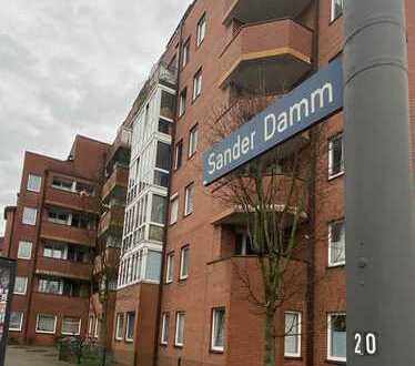 Kapitalanlage: Teilsanierte 1-Zimmer-Wohnung mit Balkon in Hamburg-Bergedorf (provisionsfrei)