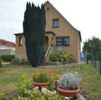 Sehr gepflegtes Einfamilienhaus mit großem Gartengrundstück in Pegau
