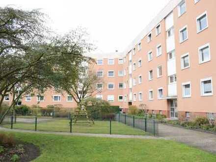 Sanierungsbedürftige 4 Zimmerwohnung in zentraler Wohnlage von Gröpelingen!
