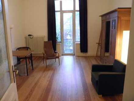 Freie 90-m2- Jugendstil-Altbauwohnung, provisionsfrei vom Eigentümer