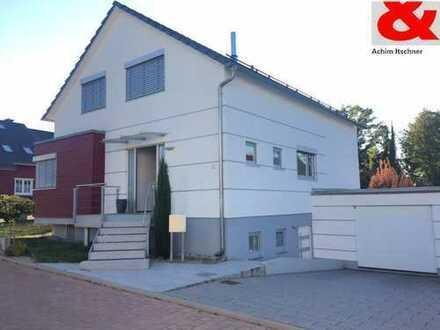 Freihstehendes Einfamilienhaus mit Einliegerwohnung in ruhiger Lage von Wiesloch-Schatthausen