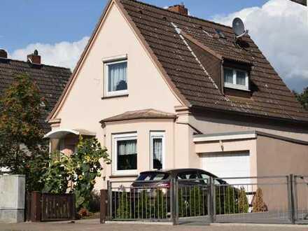 Gemütliches, freistehendes Einfamilienhaus auf traumhaftem Grundstück in ruhiger Wohnlage von Oslebs