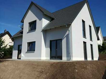 160 qm/6 Zi. nagelneues Luxus-Haus mit unfassbarem Ausblick, absolut ruhig, 5 min Chemnitz O.Eingang