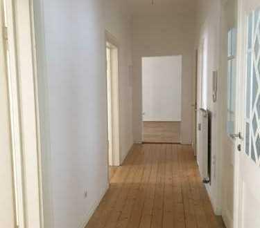 Attraktive vier Zimmer Wohnung in Karlsruhe, Südstadt