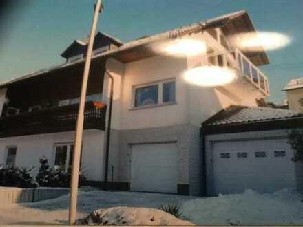Helle ruhige Dachgeschosswohnung zu vermieten