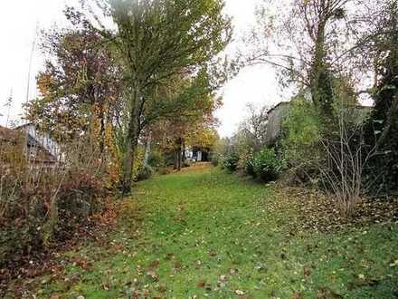 Ruhig gelegenes Grundstück / asphaltierte Zufahrt / Süd- Westlage