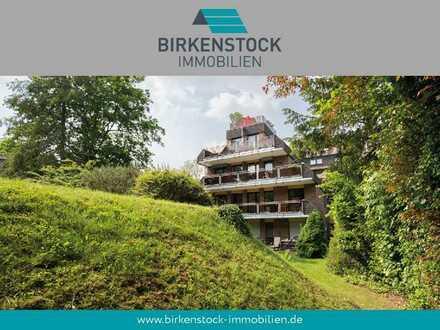 Sonnige und ruhige Etagenwohnung mit großem Balkon in Bayenthal/ Marienburg