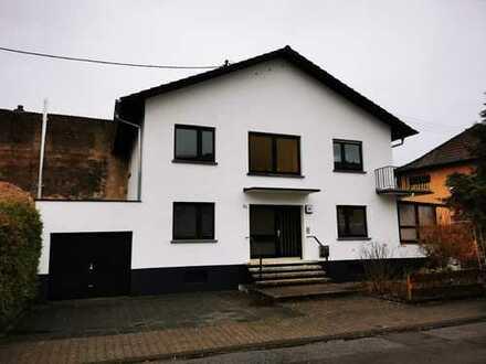 Schönes Einfamilienhaus mit fünf Zimmern in Rhein-Neckar-Kreis, Oftersheim