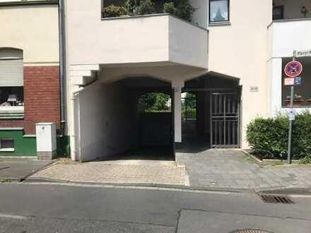 Tiefgaragenstellplatz im Zentrum von Troisdorf