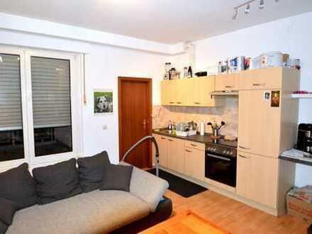 Helle 2-Zimmer Wohnung mit Tiefgaragenstellplatz und großzügigem Balkon in Freudental zu verkaufen!
