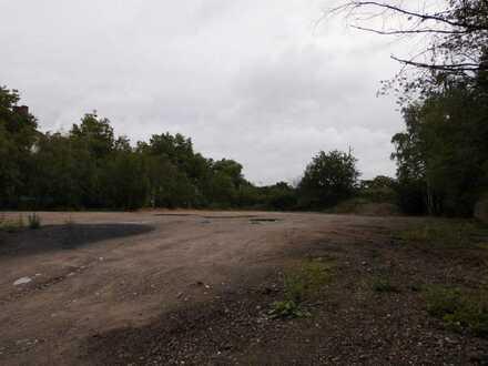 Eingezäunte Lagerfläche - Nordseite Hbf Dortmund