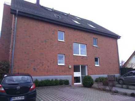 Gepflegte 2-Zimmer-Wohnung mit Balkon und EBK in Brieselang