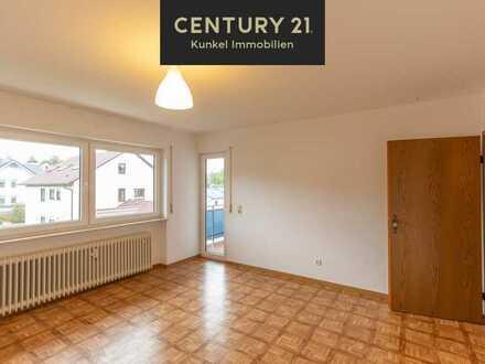 Schöne Familienwohnung mit viel Platz, großem Balkon und Aussicht