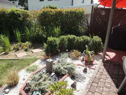 Doppelhaushälfte in ruhiger Lage – mit Garten
