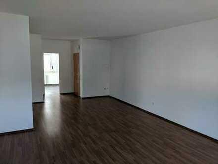 Schöne geschnittene 3 Zimmer Wohnung - perfekt für Studenten!!!