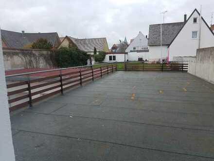 4-ZKB mit großzügiger Terrasse