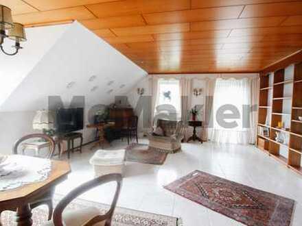 Bezugsfreie 4-Zi.-Wohnung bei Bamberg: Maisonette mit herrlichem Balkonblick in Waldrandlage