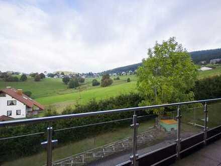 Gepflegte 4-Zimmer-Dachgeschosswohnung mit Balkon und EBK in Lenzkirch-Saig