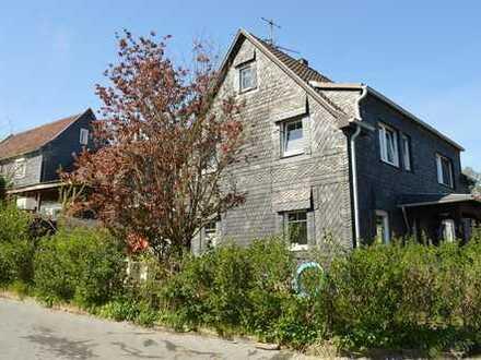Freist. Einfamilienhaus in Bergisch-Neukirchen (Pattscheid) * 153,08m² Wfl. + 66,87m² Nutzfläche