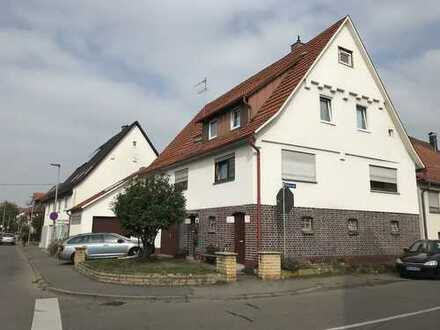 **Kapitalanleger aufgepasst! 2 Familienhaus mit Werkstatt in Weilheim an der Teck**