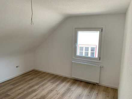 Sanierte 3 Zi Wohnung zu vermieten
