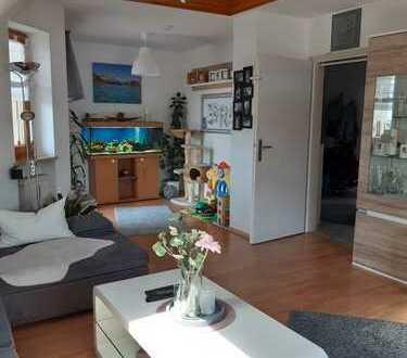 Exklusive 4-Zimmer-Maisonette-Wohnung in Stätzling