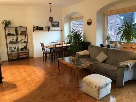 Helle 3,5 Zimmer Wohnung mit großem Süd-/Westbalkon