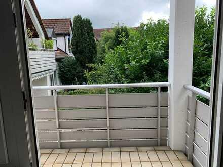 2-Zimmer-Dachgeschosswohnung mit Balkon und EBK in Kirchheim unter Teck
