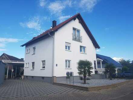 1-2 Familienhaus / 280m² Wohnfläche / Büchelberg