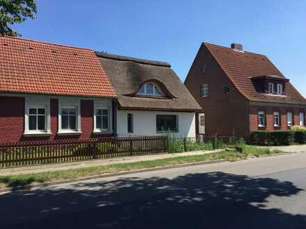 Reetdachhaus Rohling Stettiner Haff 800m vom Wasser direkt vom Eigentümer