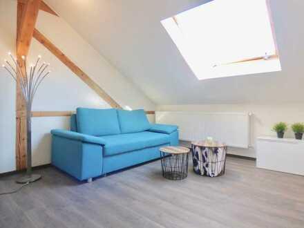 Neuwertiges Zimmer mit Bad in 9er-WG - inkl. WLAN und Strom (KA-Mühlburg)