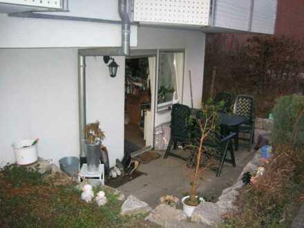 Gepflegte 2,5-Zimmer-EG-Wohnung mit Einbauküche in Gäufelden