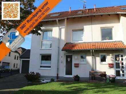 Familiengerechte Doppelhaushälfte mit Doppelgarage in Bornheim-Merten