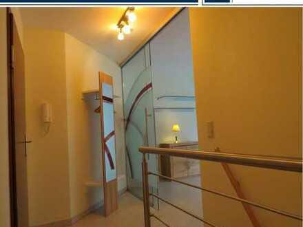 Schicke Souterrain 2 Raum Wohnung inkl. EBK,Balkon und Tiefgaragenstellplatz