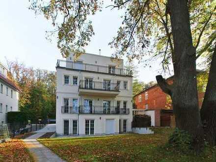 Bezaubernde Wohnung in Neubau-Villa mit Wasserzugang und Terrasse zu vermieten