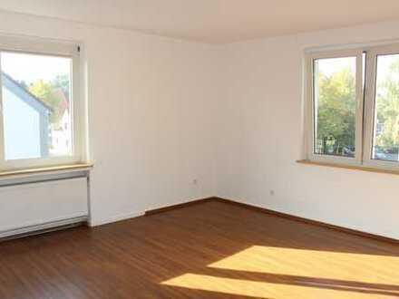 Renovierte 2-Zimmer-Wohnung im Herzen von Linden
