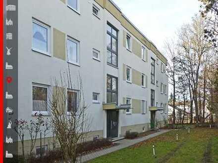 Großzügige 3-Zimmer-Wohnung mit zwei TG-Stellplätzen zum Selbstbezug