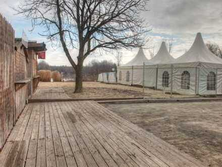 Exklusiv gelegene Gaststätte am Seeufer