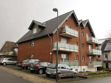 Bechen: Ruhige, helle 3-Zi. Balkonwohnung nahe Bergisch Gladbach.