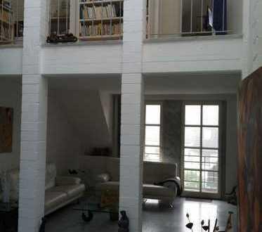 Exquisite Architektenpenthousewohnung der Luxusklasse